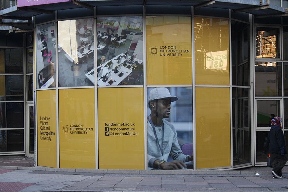 London Metropolitan University Environmental Graphics