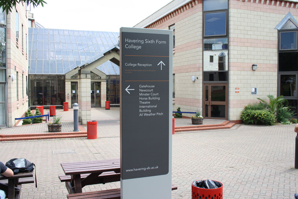 Havering Sixth Form College Directional Signs